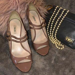 🤩🤩🤩6.5 Miu Miu Blush Mauve Patent Leather Heels